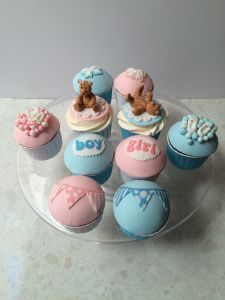 baby shower cupcakes 2