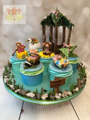Mouse pond cupcakes