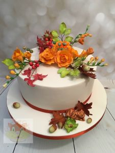 autumn flowers wedding cake