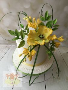 parrot tulip and freesia cake