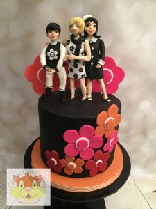 Mary Quant fashion cake